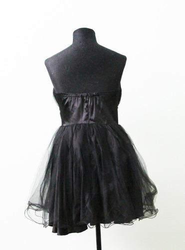 vestido straples de fiesta negro con tul almohadillas busto
