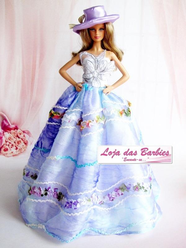 vestido super luxo para boneca barbie com chapéu sapato 10s. Carregando  zoom. ec02d57a672