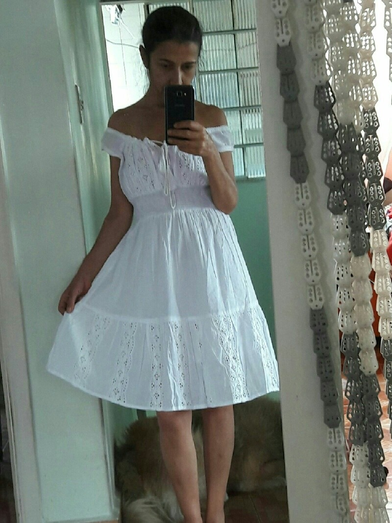 Vestido Tecido Laise Branco Ciganinha Retro Luxo Festa