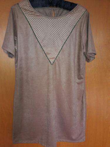 vestido tela gamuzada