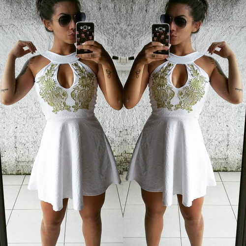 vestido tipo princesa branco
