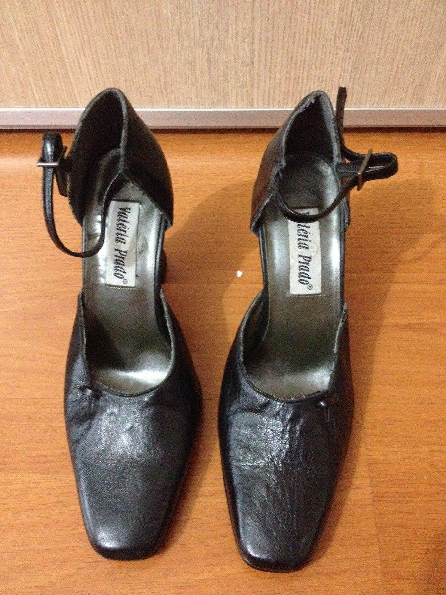 cf5a2a0d2 vestido tubinho preto marca evidence manequim 36+sapato n 36. Carregando  zoom.