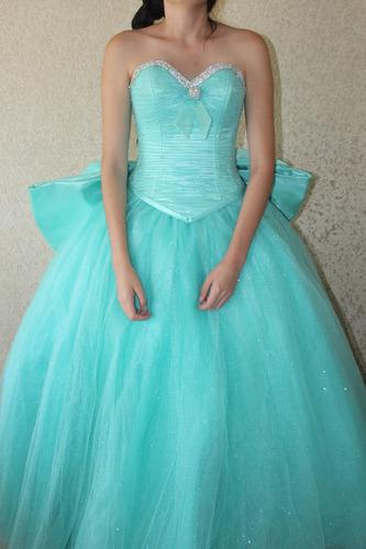 vestido xv años kariano color menta