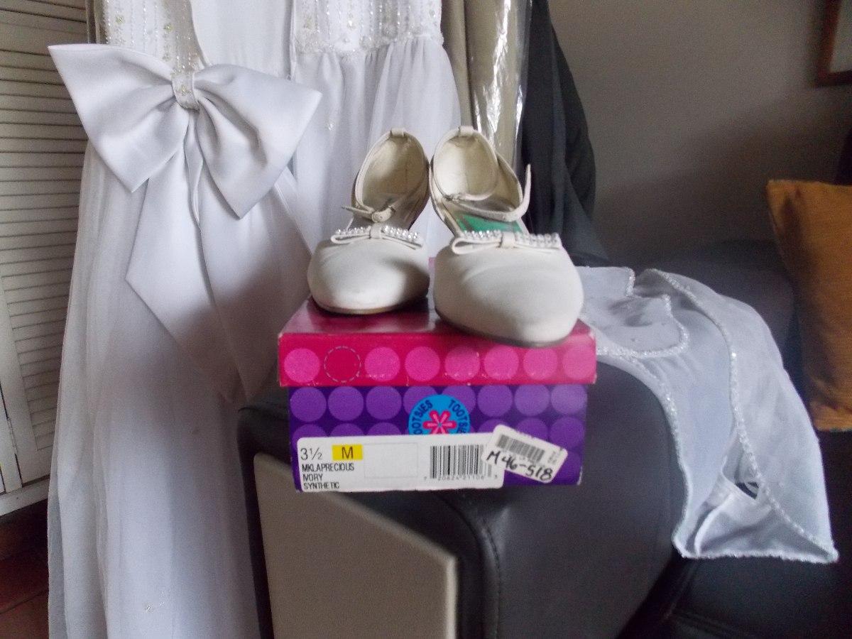 Vestidos y zapatos para primera comunion
