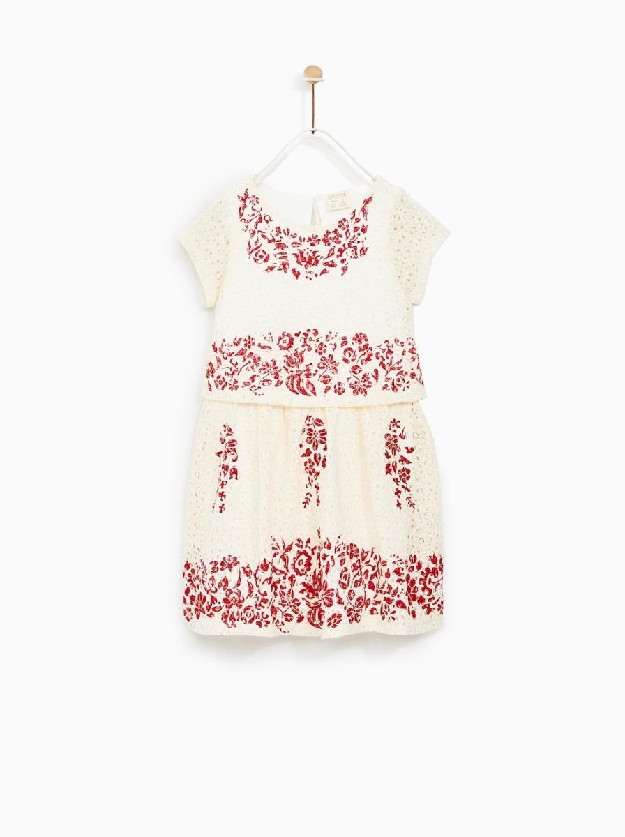 9b30e7de1 vestido zara de cuello redondo con manga corta. niña 6 años. Cargando zoom.