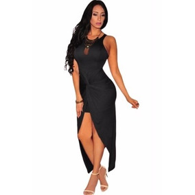 Vestido negro largo con abertura en la pierna
