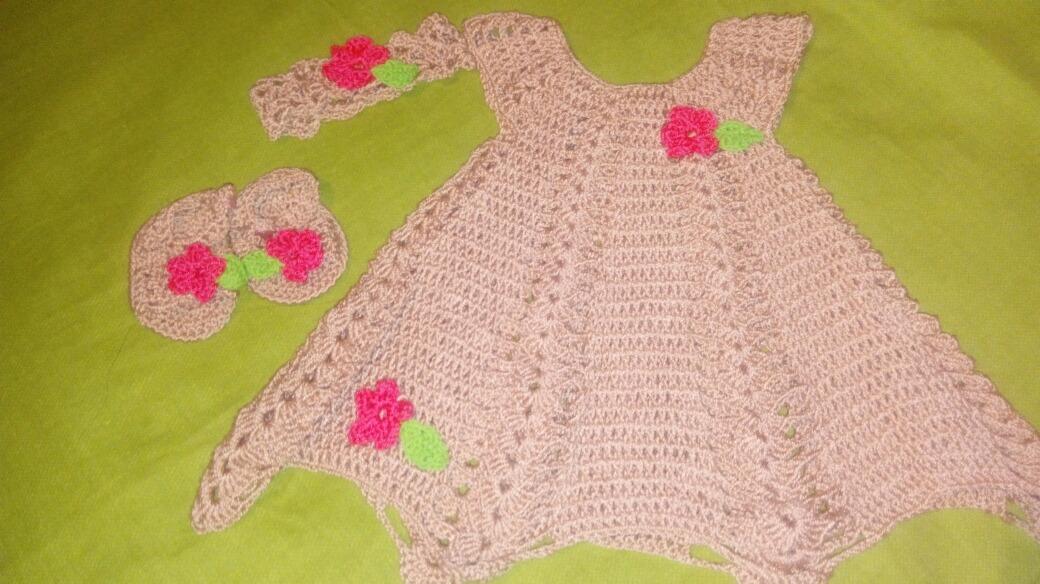 98a39a226 Vestidos D Bebe Crochet Hecho A Mano - $ 15.000 en Mercado Libre