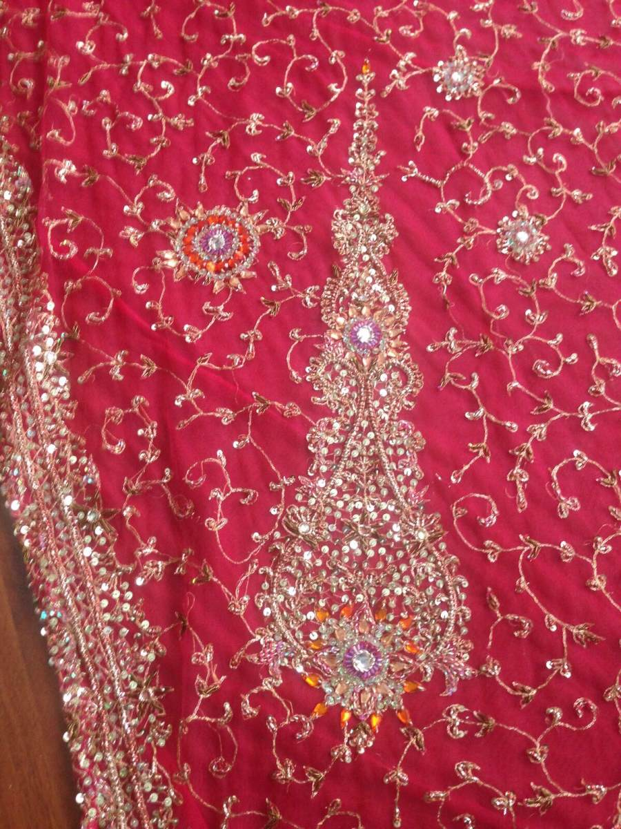 Dorable India Vestido De Fiesta Ideas Ornamento Elaboración ...