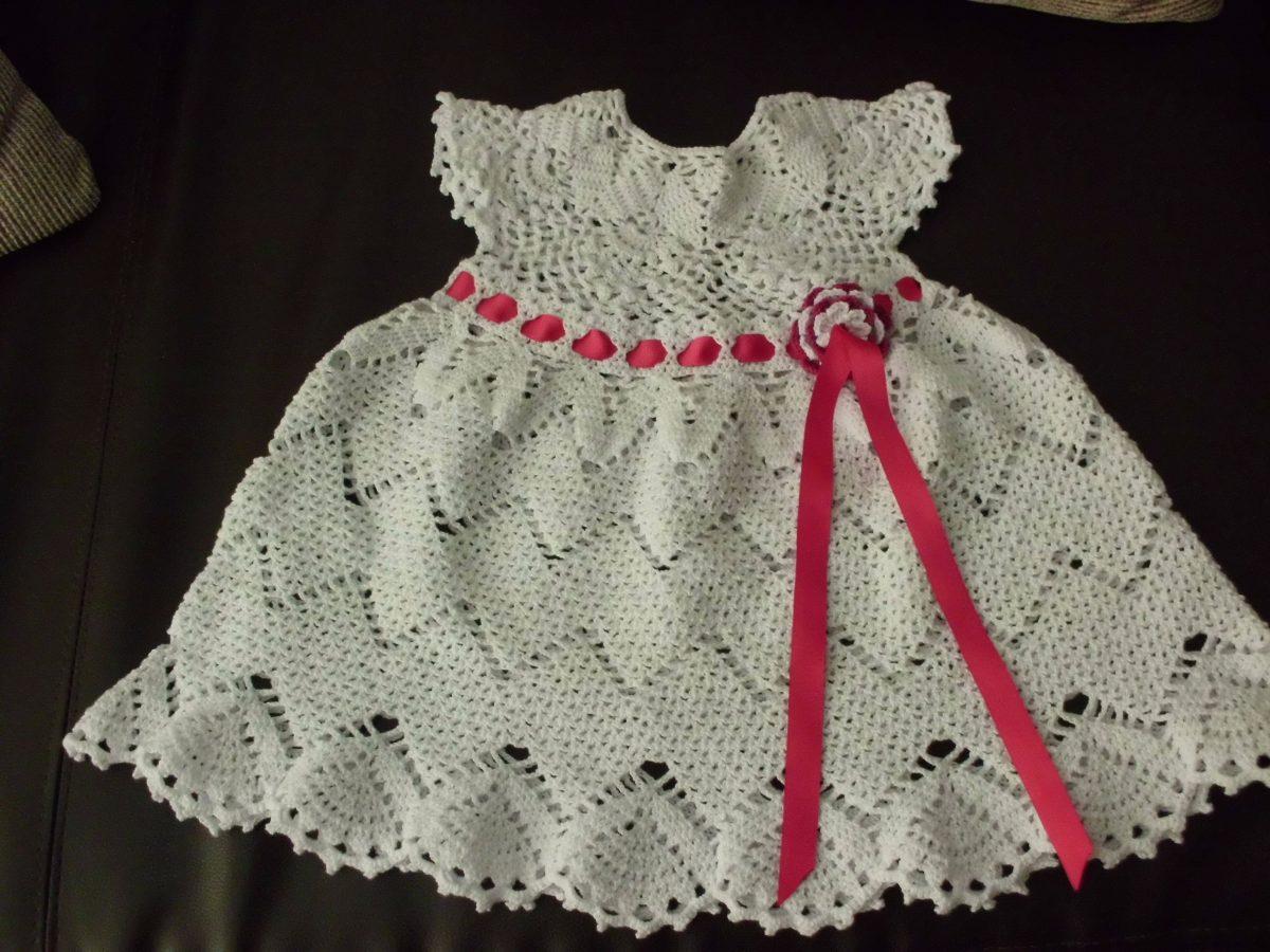 f4fcc6aa4 Vestidos Para Niña Y Bebe Tejidos A Crochet - Bs. 4,60 en Mercado Libre