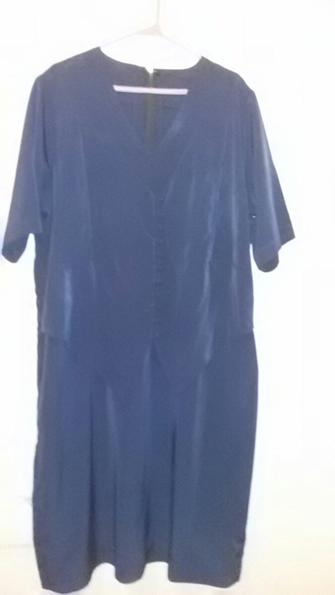 9b68ba5cc0 vestidos para señora tallas grande. telas importadas. usados. Cargando zoom.