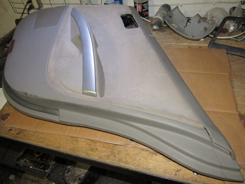 vestidura de puerta trasera derecha nissan maxima 2004