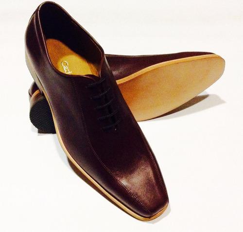 vestir hombre zapatos