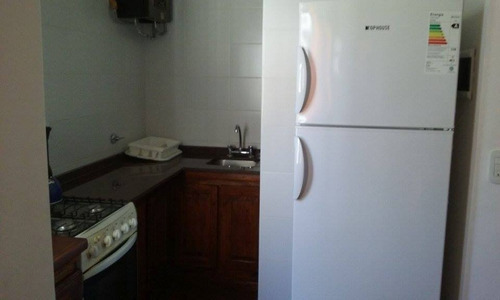 v.gesell depto/casa av.4 y102 c/coch. par 8pax dueño alquila