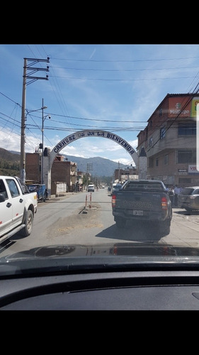 viajes en camioneta perú