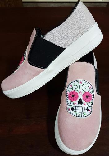 viamo. zapatillas imagen furor, calaveras.