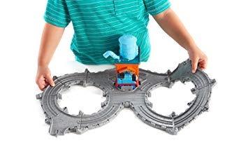 vías del tren,juguete fisher-price thomas el tren take-n..