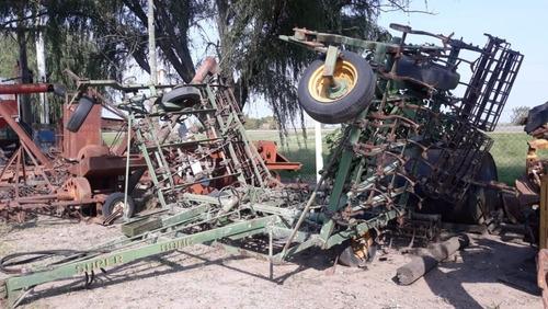 vibro cultivador     con alas hidraulicas  tpea
