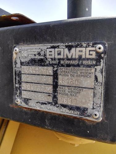 vibrocompactador bomag bw-141-ad de 8 ton. año 1990
