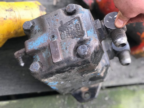 vibrocompactador dynapac bomba hidraulica