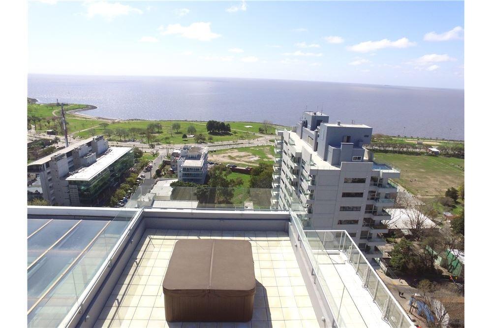 vicente lopez. penthouse con gran terraza propia