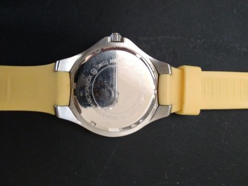 victorinox amarelo relógio de pulso