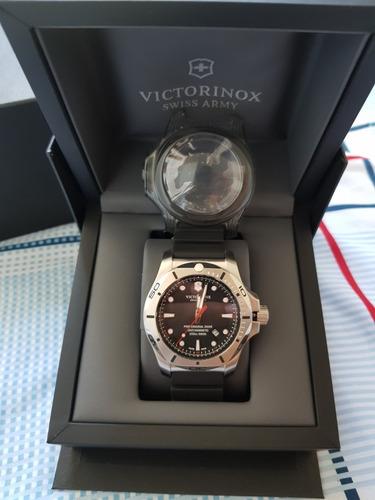 victorinox diver