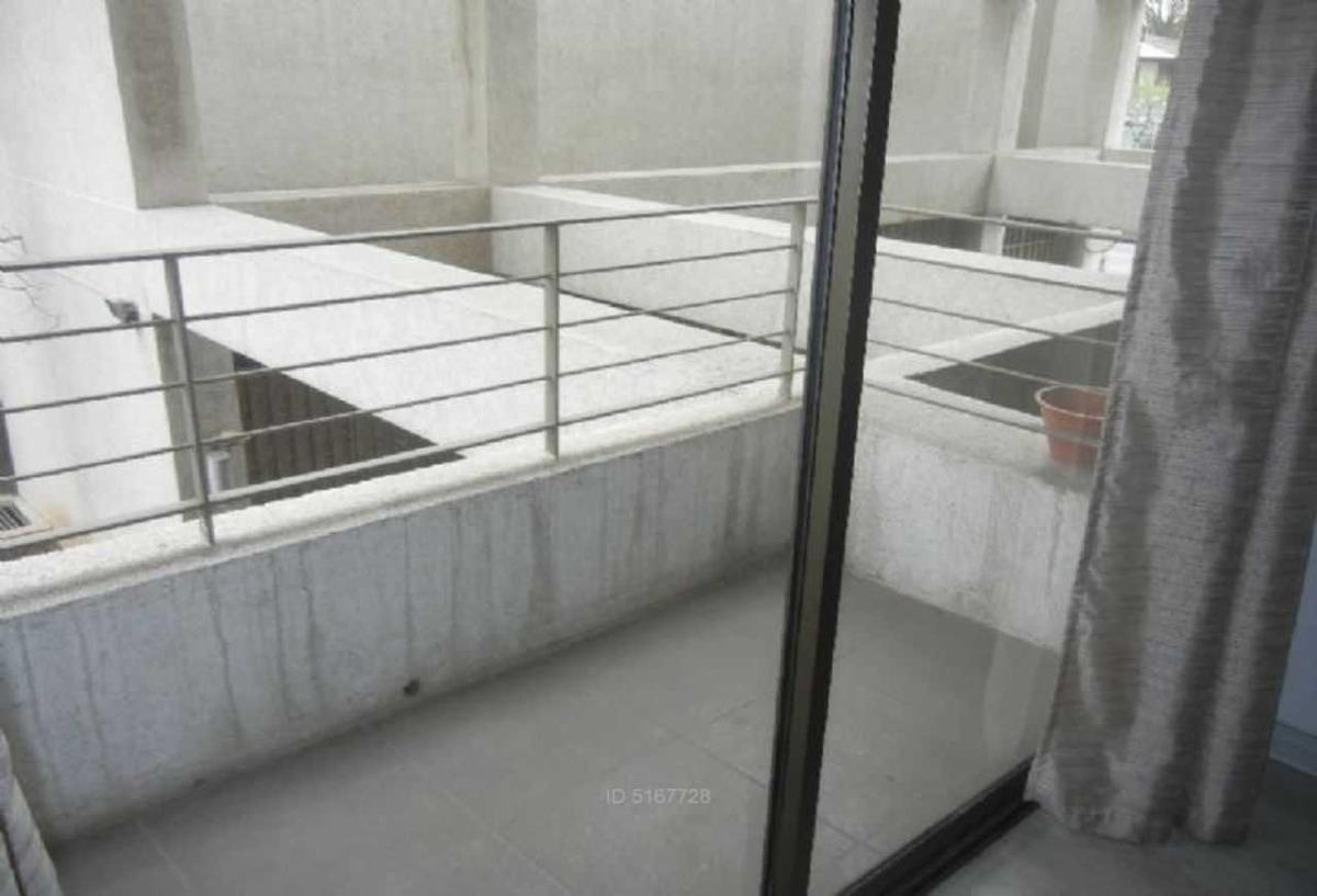 vicuña mackenna  /  metro mirador