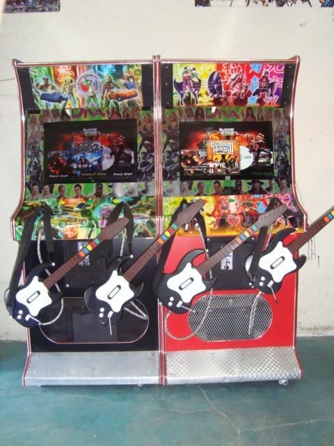Mueble para guitar 23 video juegos maquinitas de for Mueble para xbox one