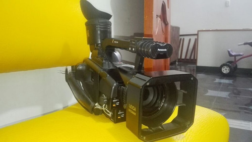 videocámara panasonic ag- dvx100a  excelente estado