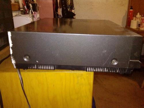 videocassetera beta sanyo 80's para piezas o reparación.