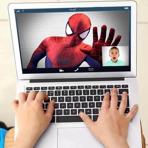 videollamada con spiderman, superman, las princesas y más