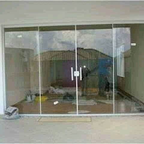 vidraçaria e cobertura portas blindex