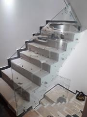 vidrieria , vidrios , espejos , cerramientos en aluminio.