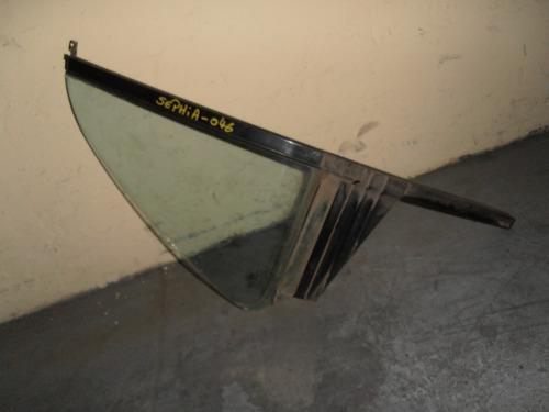 vidrio aleta puerta trasera derecha kia sephia año 1993-1997