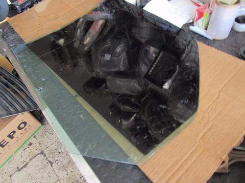 vidrio de puerta delantera derecha renault scenic 2005