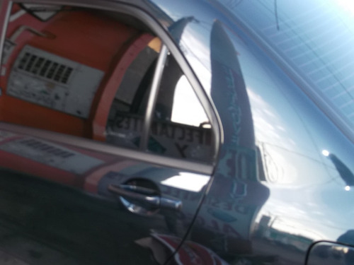 vidrio de puerta trasera mitsubishi lancer del 2002 al 2013