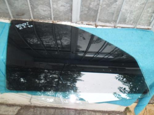 vidrio delantero derecho de z x de 4 puertas