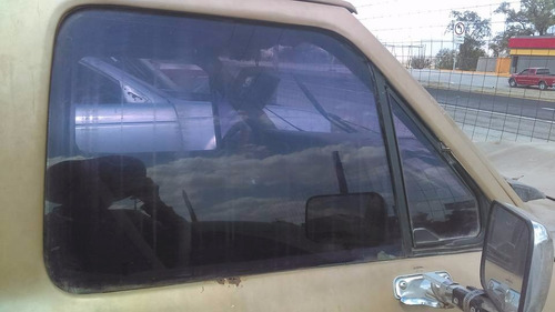 vidrio lado copiloto ford ranger 86