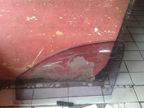 vidrio puerta delantera de ford fiesta lado copiloto