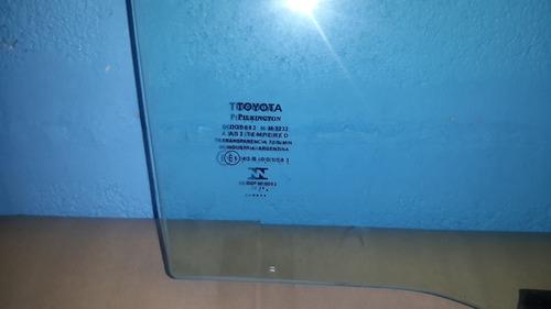 vidrio puerta trasera derecha toyota fortuner 2007/2015