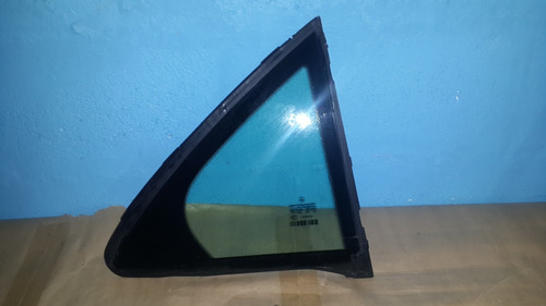 vidrio ventanilla trasera derecha mercedes benz c200 2008