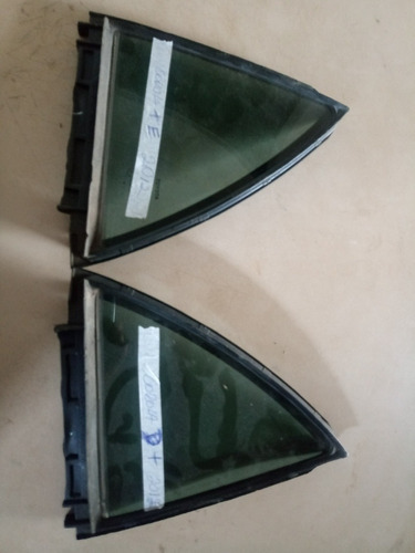 vidro fixo .traseiro corola 2012