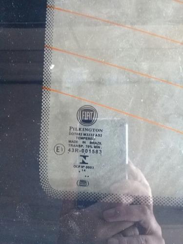 vidro porta traseira direita doblo original