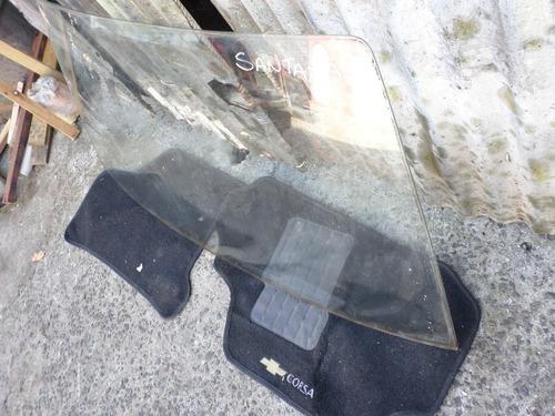 vidro trazeiro  do  santana 84/90 usado otimas condiçoes ok