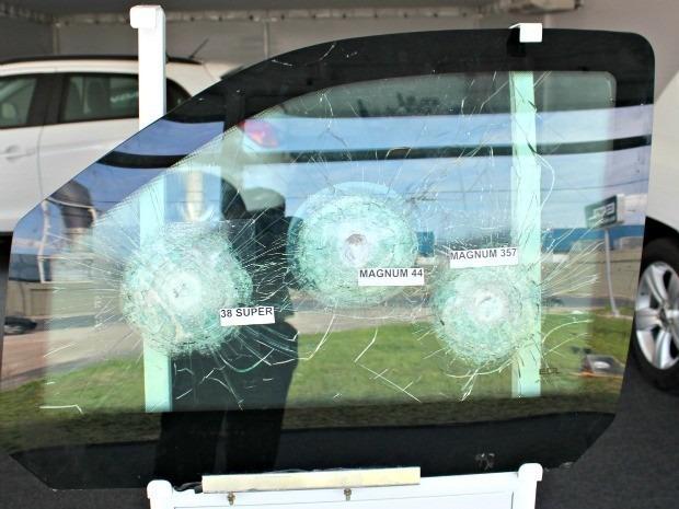 Vidros Blindados Novos E Semi-novos - R$ 250,00 em Mercado