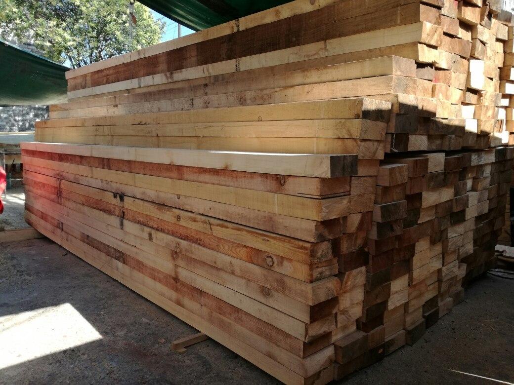 Vigas o puntales madera de pino estufadas de 6 metros - Vigas de madera en valencia ...