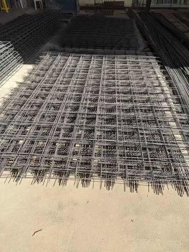 vigas, sapatas, colunas tudo para sua construção.