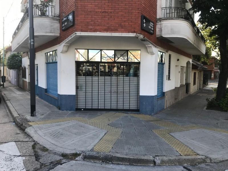 viila devoto, venta local en esquina a 400 mts. plaza devoto