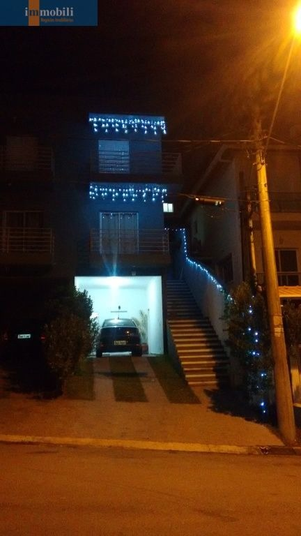 vila d este - lindo sobrado em local alto do condomínio - gv18441