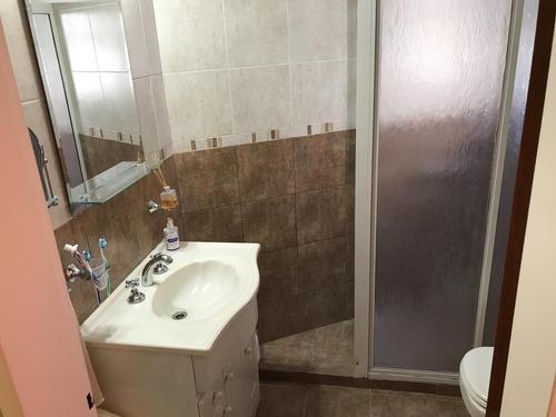 villa bosch: en complejo de barrio cerrado hermoso duplex de 3 ambientes dos baños con patio y cochera. f: 7620
